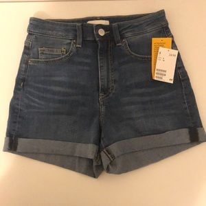 BRAND NEW H&M High Waisted Jean Shorts
